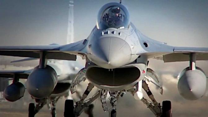 Πολεμική Αεροπορία: Τα τρία νέα όπλα που θέλει για τα F-16 Viper