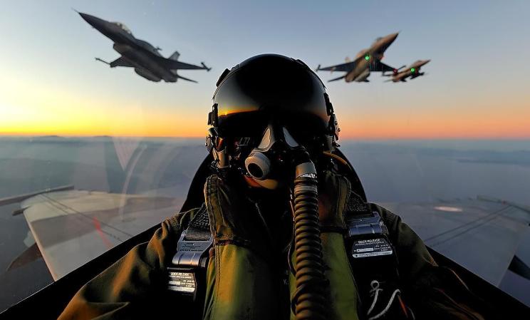 Αποτέλεσμα εικόνας για Η Ελληνική Πολεμική Αεροπορία αιφνιδίασε τους Τούρκου